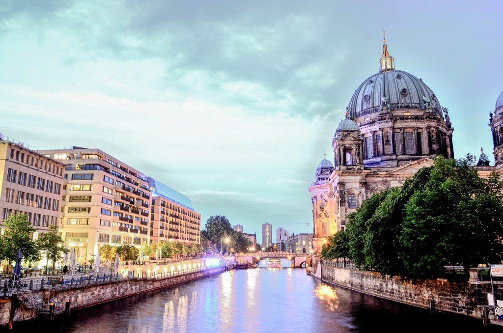 """השקעות נדל""""ן בברלין - אורן קובי"""